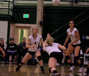 Paly volleyball sweeps both games this week, defeats Monta Vista in three games tonight