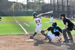 Baseball beats Evergreen Valley High School 5-1