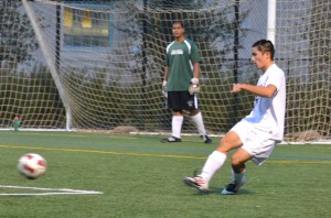 Boys soccer falls to Mountain View
