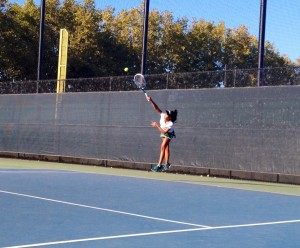 Girls' Tennis suffers loss to Saratoga