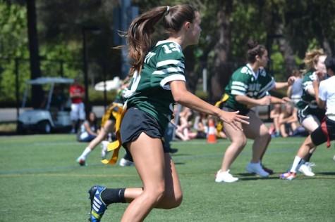 Freshmen defeat Seniors in Powderpuff Semi-finals