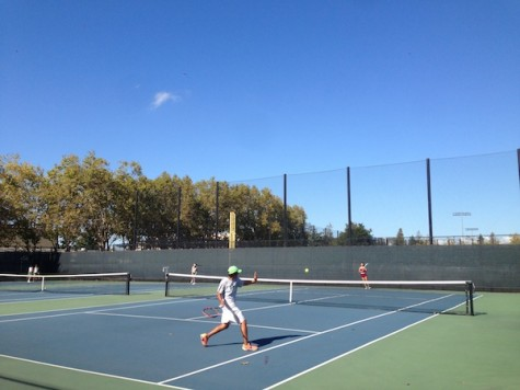 Paly girls' tennis defeats Fremont 5-2