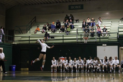 Volleyball wins their first CCS game in four sets against Independence