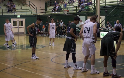 Boys' basketball falls to the Homestead Mustangs 58-43