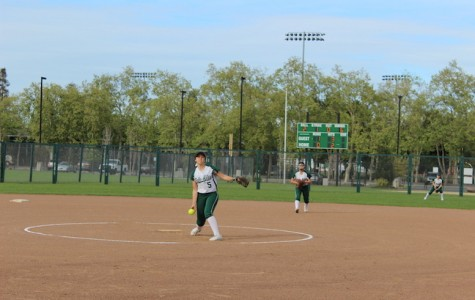 Paly Softball slides past Sacred Heart Cathedral and wins 3-2