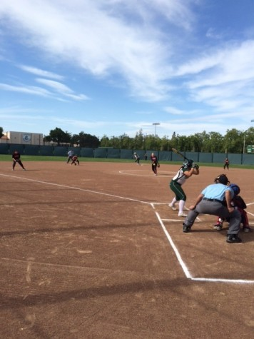 Paly varsity softball falls to Cupertino 4-1 in the seventh inning