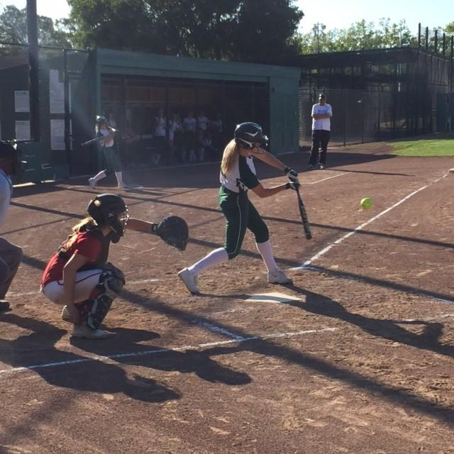 Right+fielder+Maddy+Jones+%28%6015%29+takes+a+cut+at+a+pitch+in+the+seventh+inning.+She+finished+with+a+hit+and+two+walks.