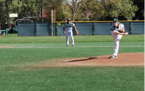 Baseball wins Game 1, 9-0, over Los Altos
