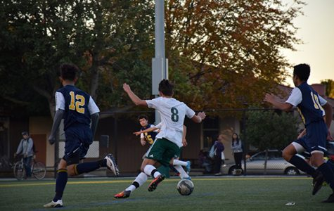 Boys soccer falls 1-0 to Homestead High School
