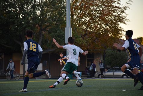 Boys' soccer ties disappointing match with Mountain View