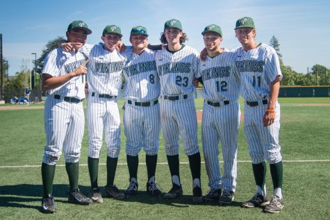 Baseball Defeats Los Altos 5-1 on Senior Night