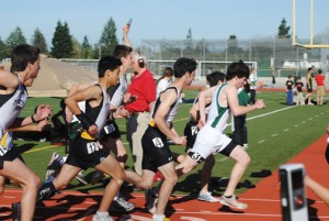 Paly boys' track and field falls to Mountain View
