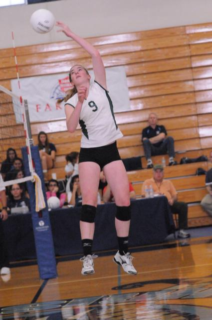 Palo+Alto+High+School+volleyball+advances+to+CCS+semifinals+with+three+game+win