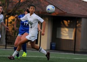 Girls' soccer beats Gilroy 2-1 in non-league game