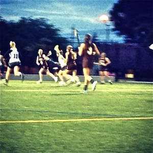 Girls' lacrosse beats St. Francis, 19-17