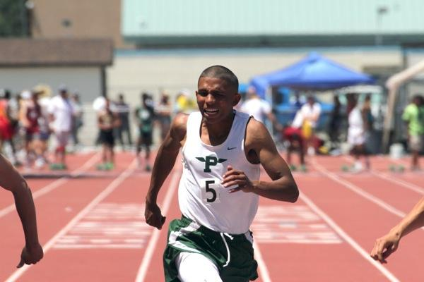 Tremaine Kirkman ('12) breezes to a seventh place finish in the 100 meter dash.  His time of 11.03 gave him the second to last qualifying spot for the finals.