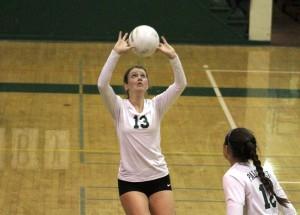 Volleyball drops close match to Los Gatos on Senior Night
