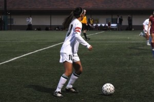 Girls' soccer drops home opener to Menlo-Atherton 2-1