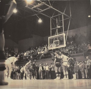 In the 1967 SPAL Championship, Mark Daley ('68) made two free throws in the final minute to win the game 70-68 against the Sequoia Redwoods. That championship game drew the largest crowd to ever occupy the big gym.