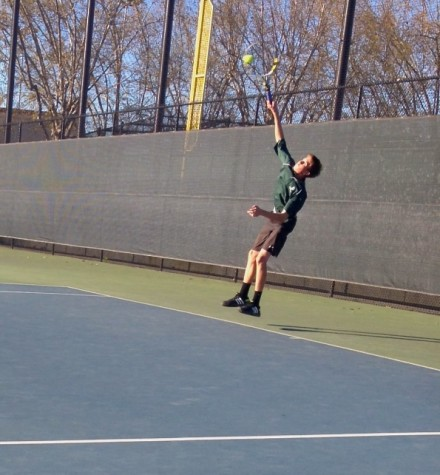 Boys tennis falls to Saratoga