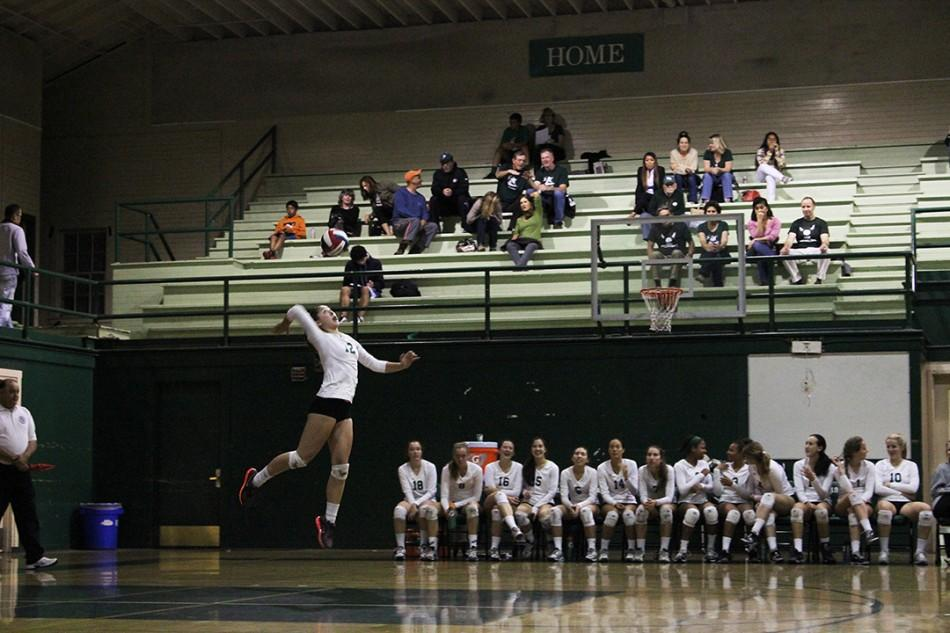 Volleyball+wins+their+first+CCS+game+in+four+sets+against+Independence