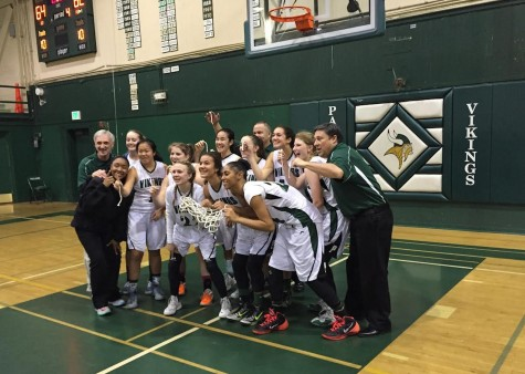 Paly girls' basketball beat Gatos 64-62, finish their undefeated season