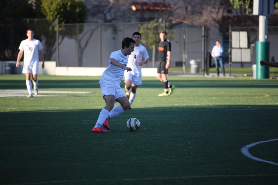 Boys soccer ties Los Gatos 2-2