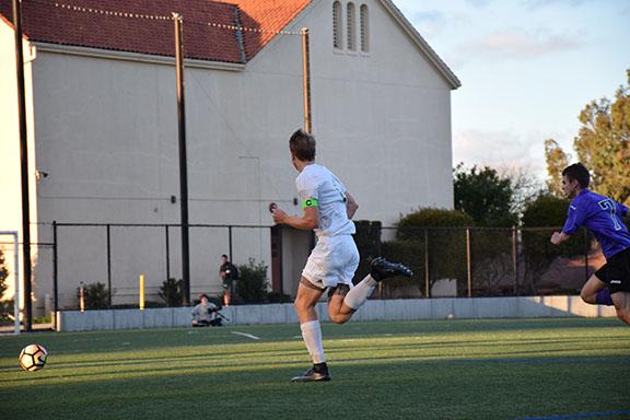 Boys' soccer triumphed over Monta Vista 6-0