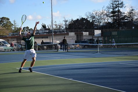 Boys' tennis wins first match of the season 6-1