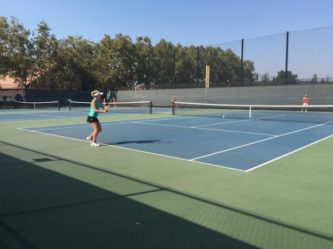 Girl's Tennis takes on Cupertino 5-2
