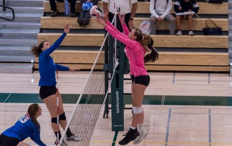 The Vikings defeat Los Altos 3-1 in the 6th annual Dig Pink game.