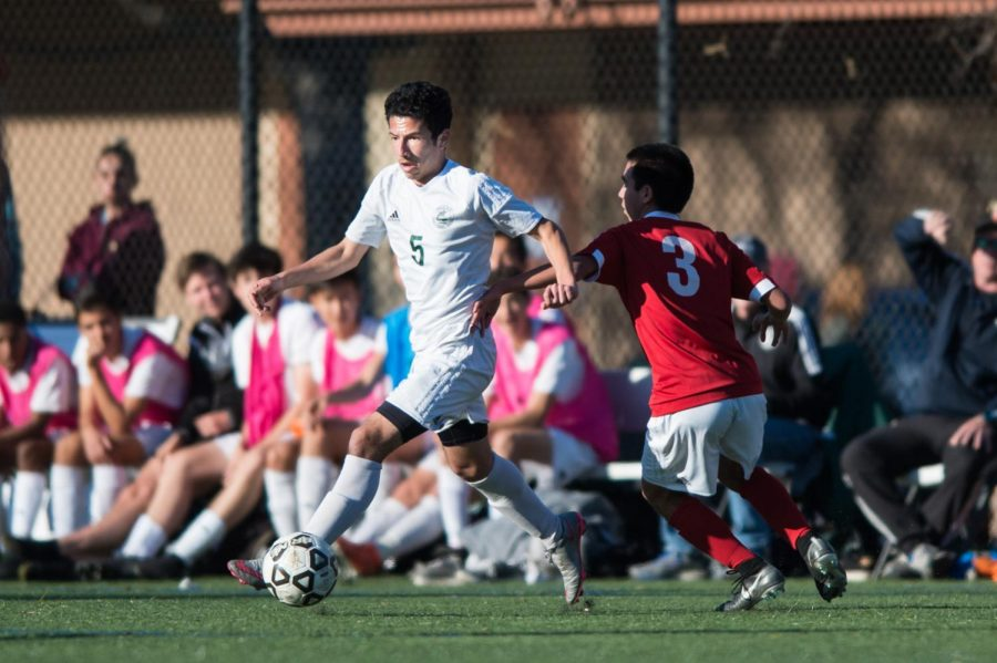 Boys Soccer's Season Ends With a 2-1 Loss to Bellarmine