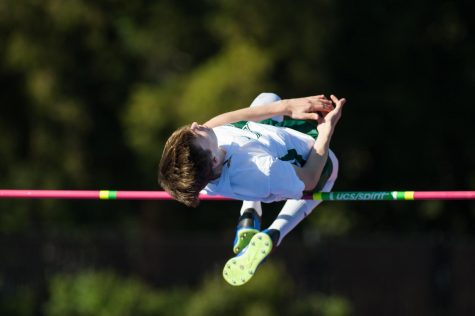 Paly falls 91-159 to Los Gatos in Track Meet