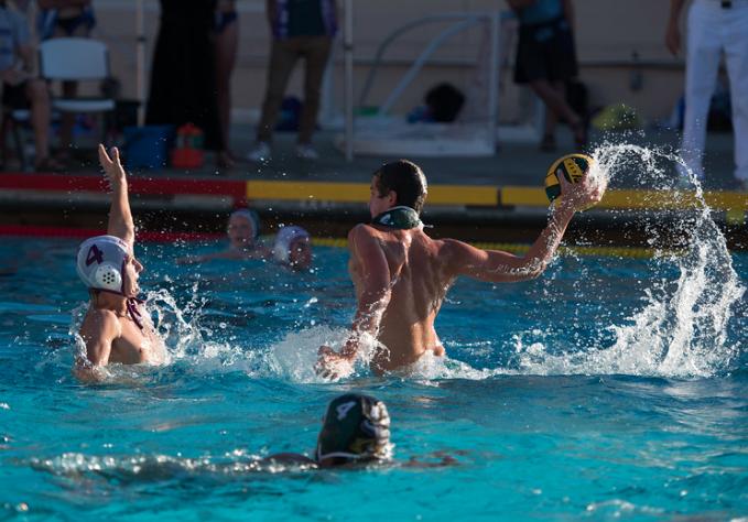 Boys Water Polo Beats Piedmont 15-9