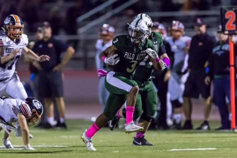 Vikings Dismantle Archrival Los Gatos on Homecoming