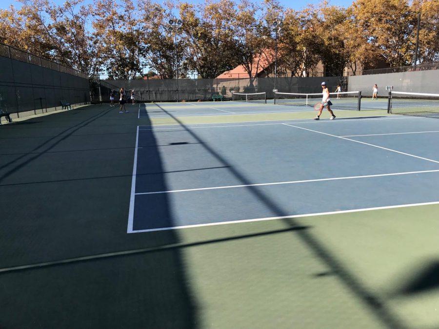 Girls+Tennis+Defeats+Carlmont+7-0