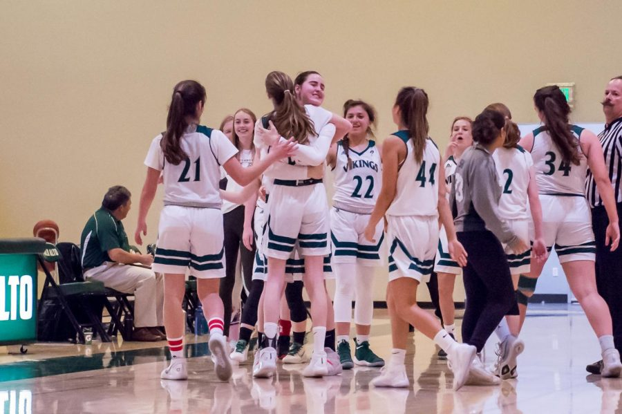 Girls Basketball squeezes out 35-33 win over Saratoga